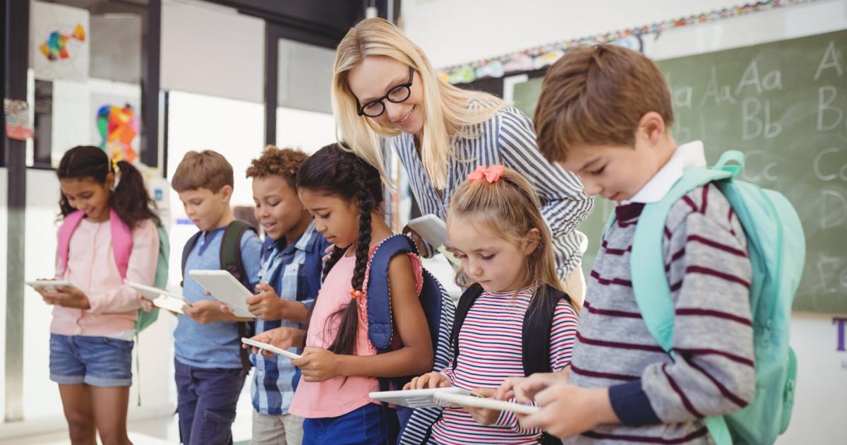 5 Ways To Improve School Communication